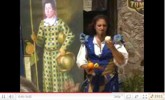 YouTube: Paul Garbonzo 2007 Muncaster Castle Fool